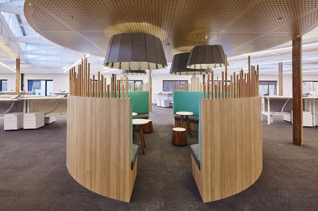 Circular Lounge – Work Pod Collaboration Seating
